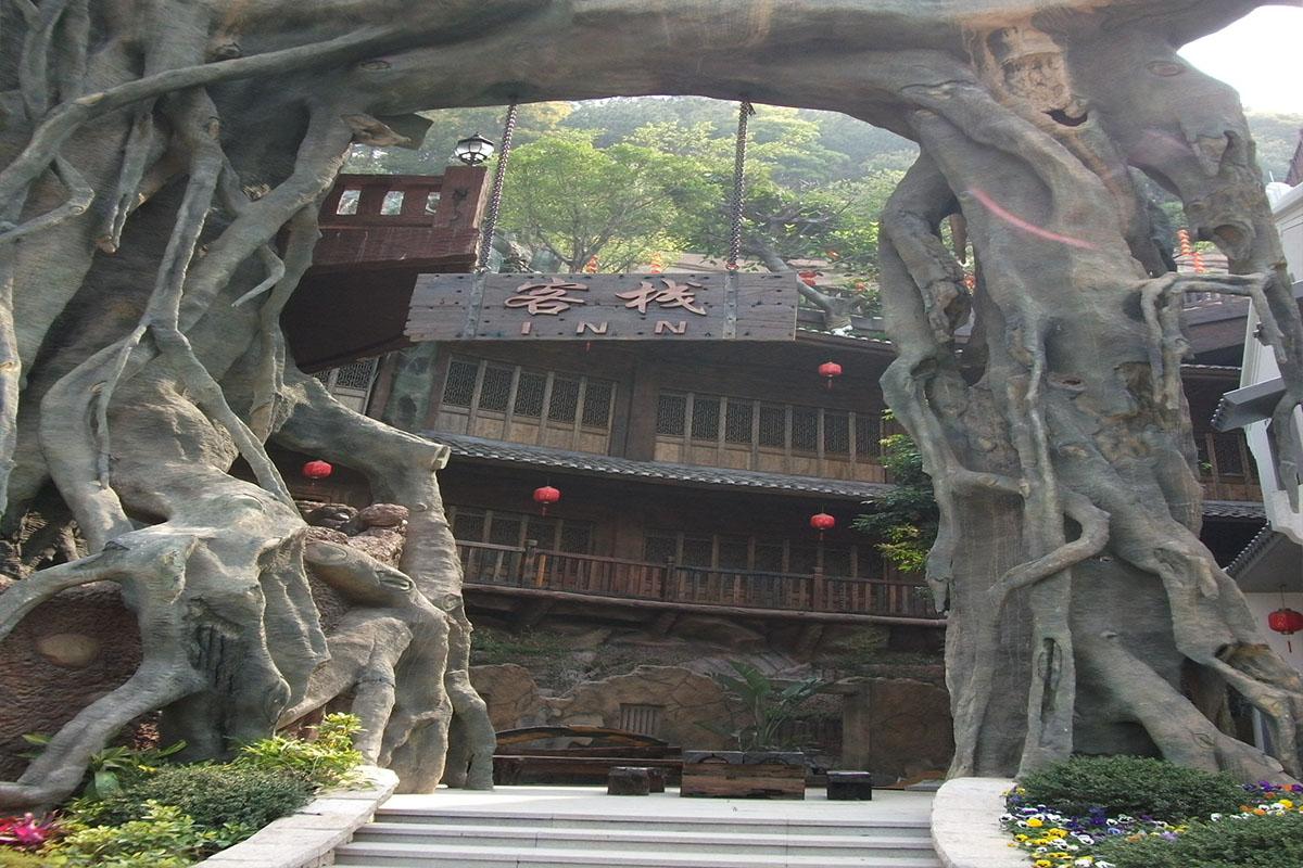 梅州客天下客栈榕树景观
