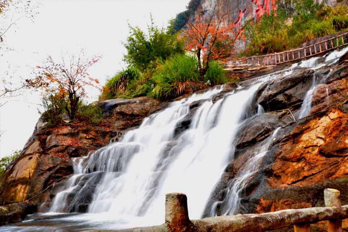 苏氏山水园林假山景观制作:天人合一,寄情山水